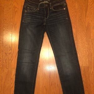 American Eagle skinny jeans. Size 2 short